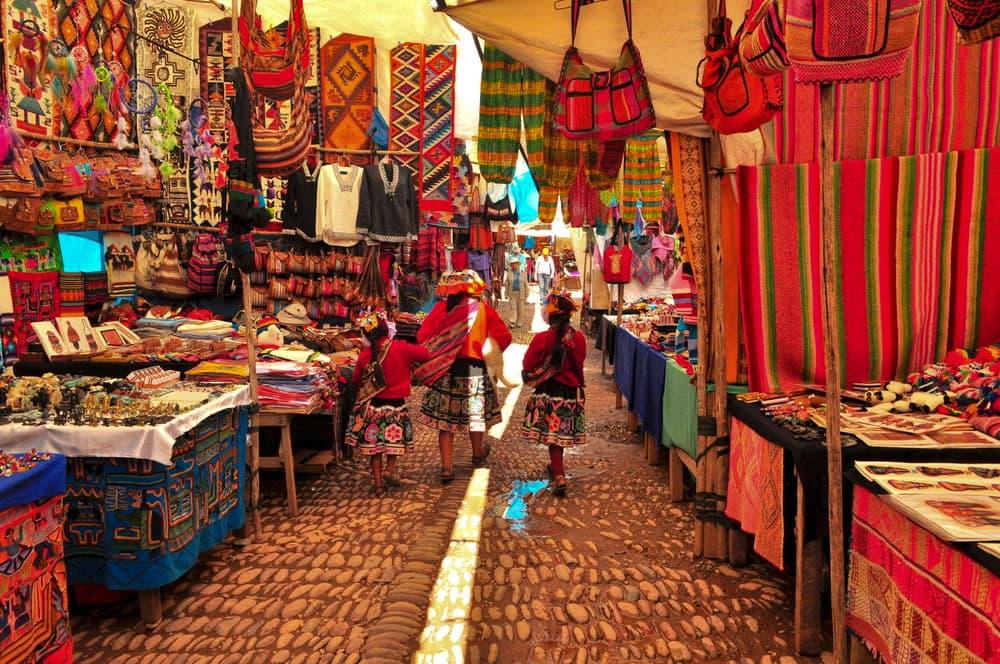 market-pisac-machu-picchu-travel-guide